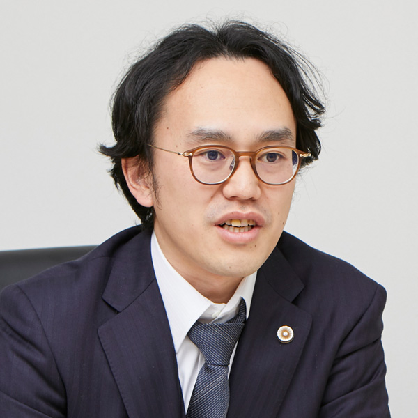 執行役員 弁護士 家永 勲