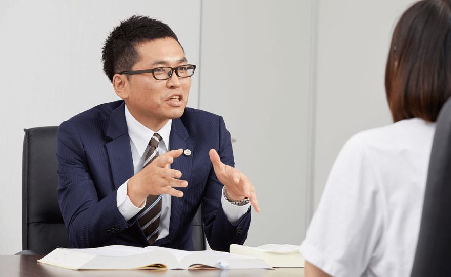 名古屋法律事務所長 弁護士 井本 敬善